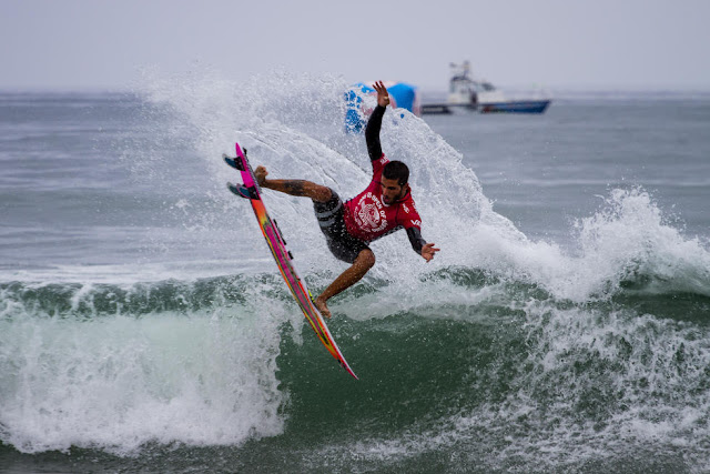 13 Filipe Toledo Vans US Open of Surfing Foto WSL Sean Rowland