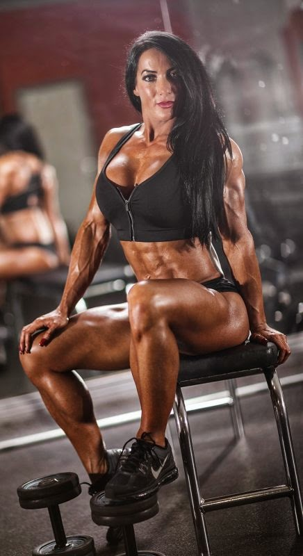 Muscle fitness nude female