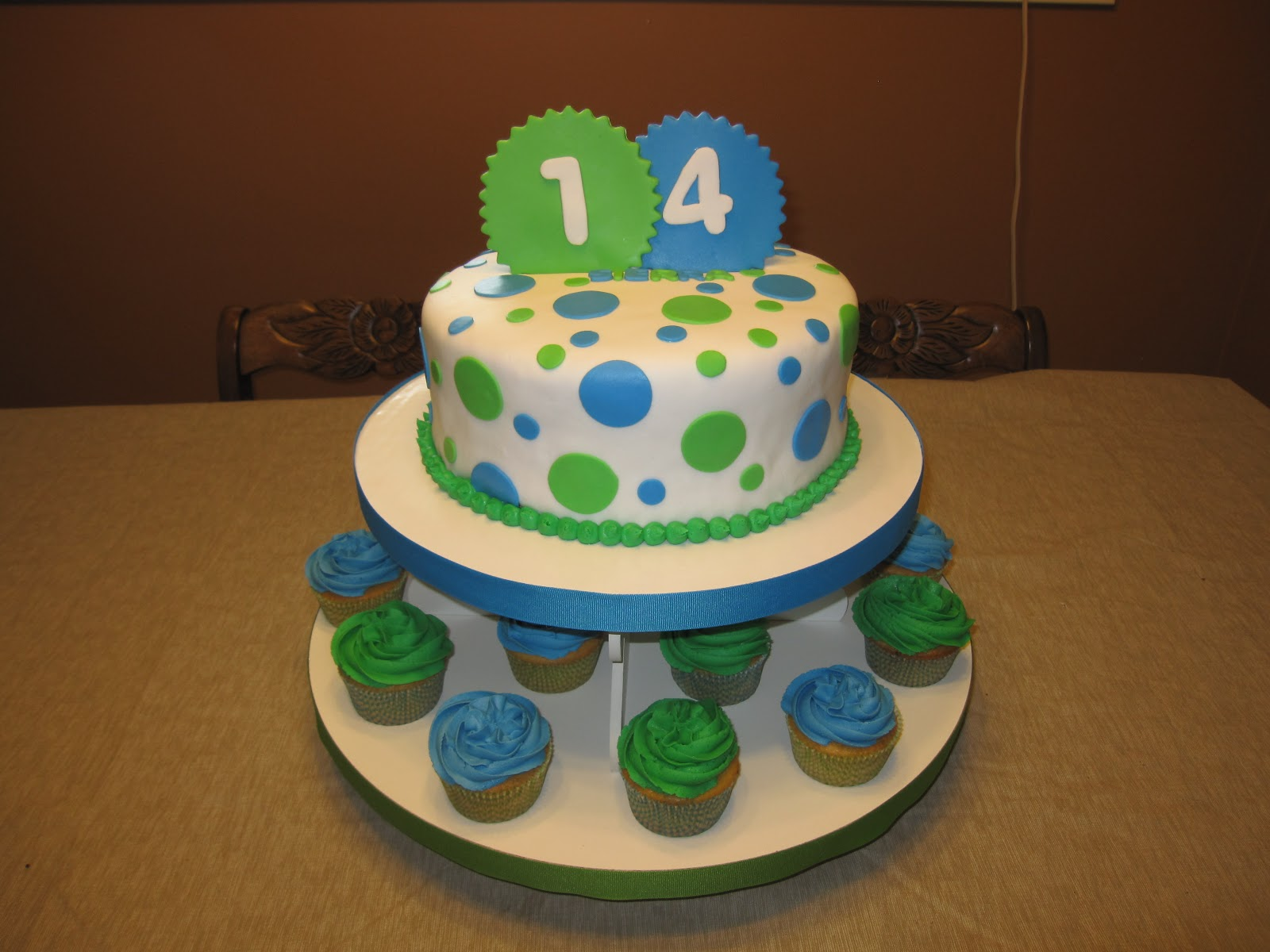 Cake Designs For 14 Year Old Boy : 14 Year Old Birthday Cakes