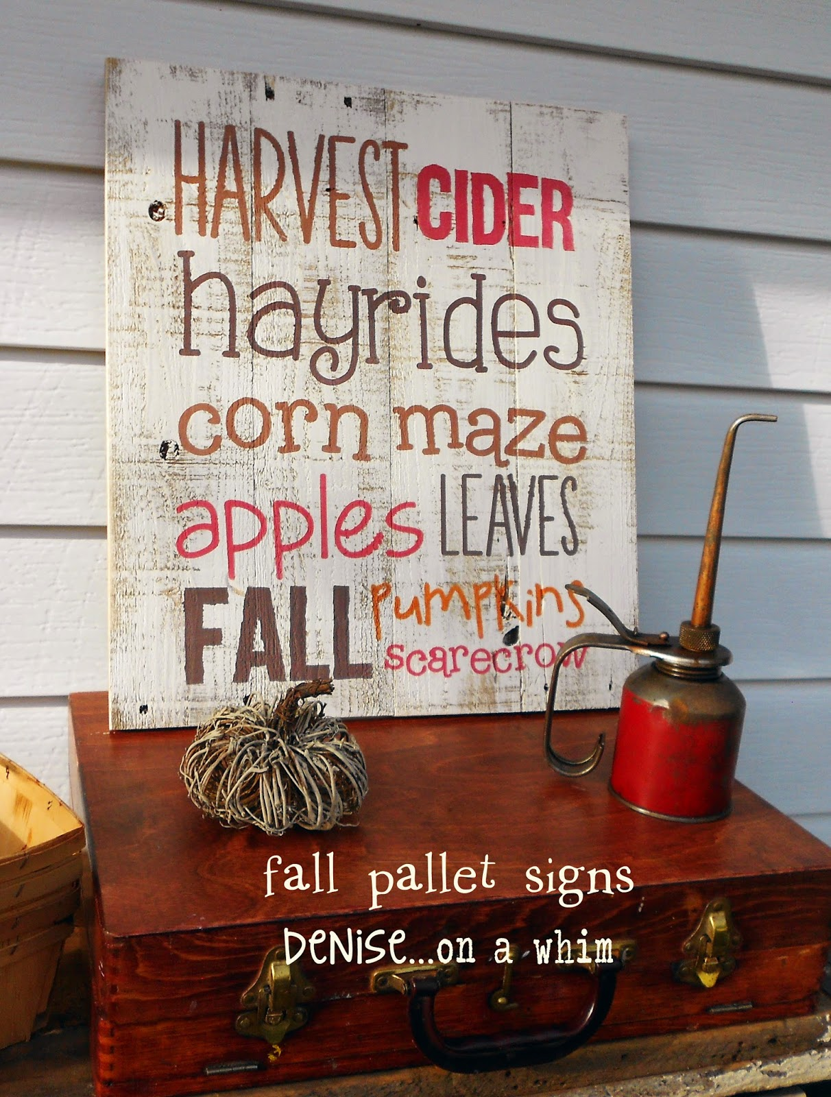 Harvest Pallet SIgns from Denise on a Whim