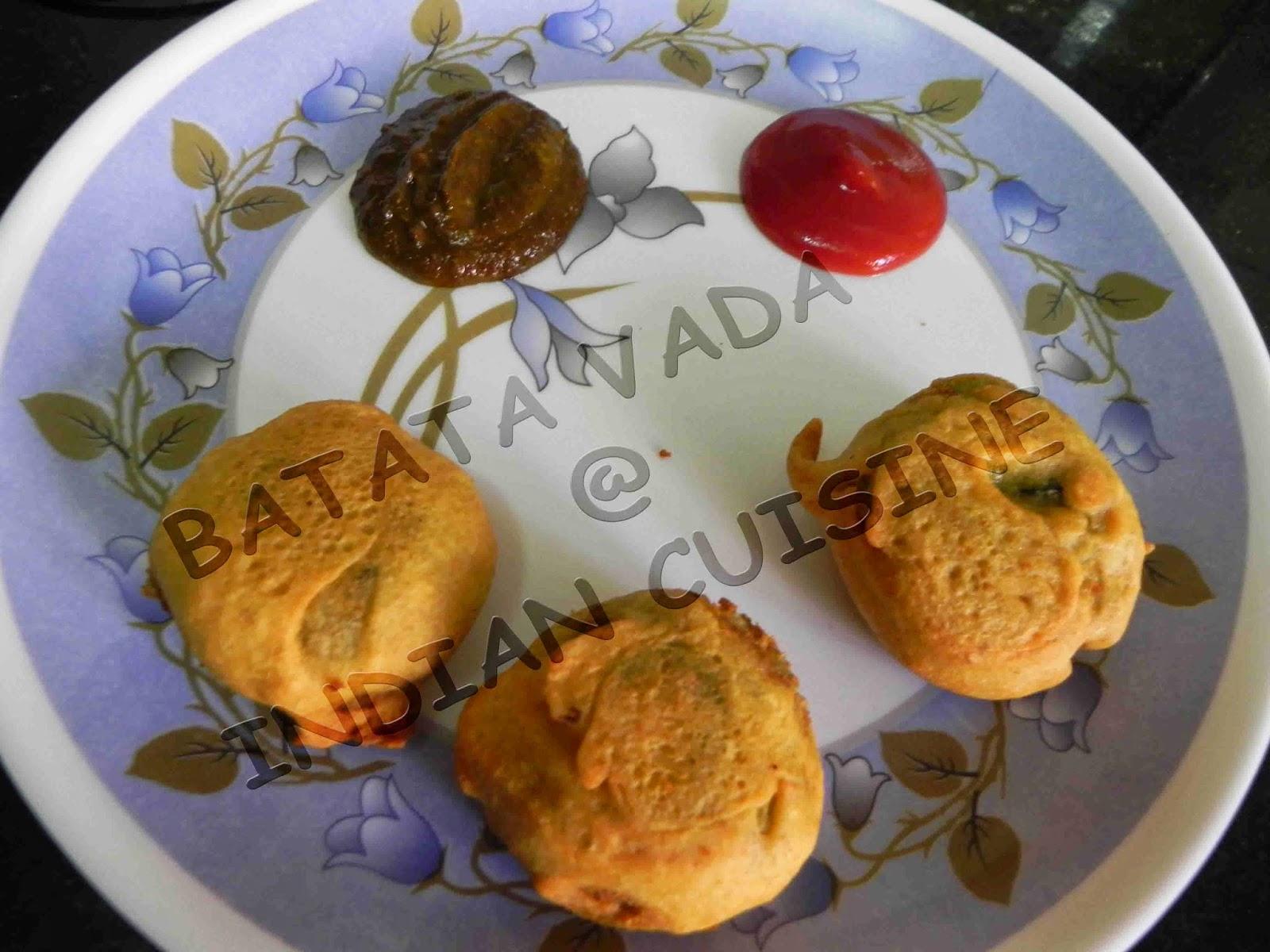 Indian fast food snack recipes delicious aloo bonda alu bonda batata vada a popular vegetarian fast food snack in maharashtra india batata means potato in english this dish is mumbais very popular dish forumfinder Image collections