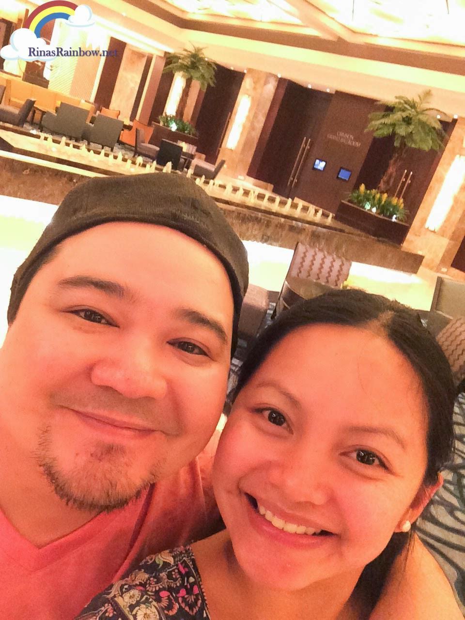 selfie hotel lobby