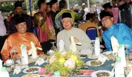 Disebalik pertemuan empat mata MB Khalid dan PM Najib