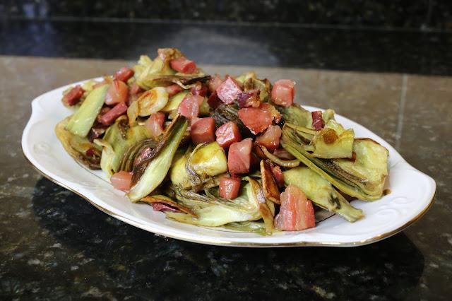 Alcachofas salteadas con jamón