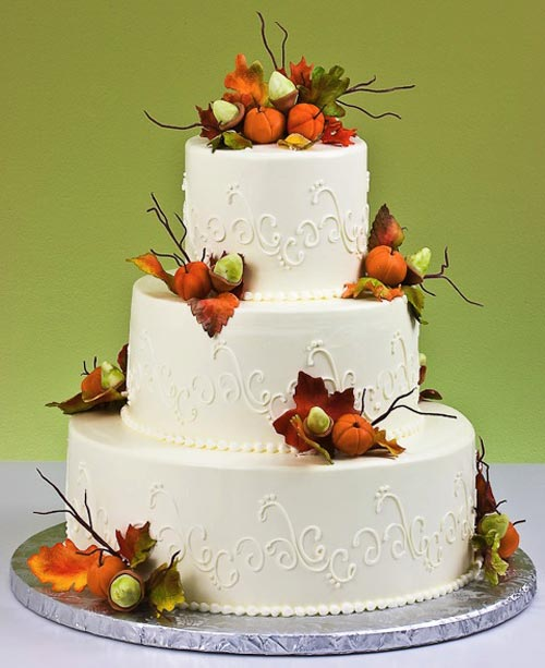 Autumn vanilla picture autumn themed wedding cakes for Autumn cake decoration