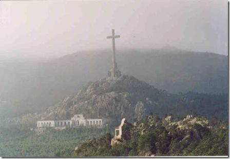 En la Memoria - y 3: La Cruz