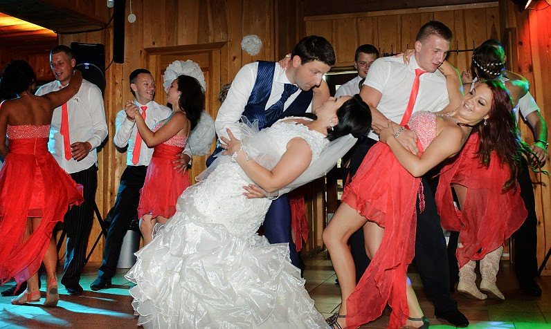 jaunavedžių šokis per vestuves