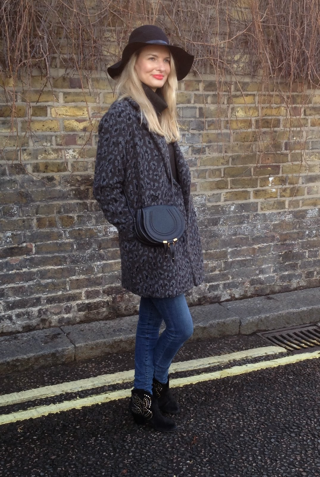 asos, asos hat, mango coat, mango leopardprint coat, chloe bag, chloe marcie bag, chloe marcie, fashion blogger, london street style, ash boots, ash footwear