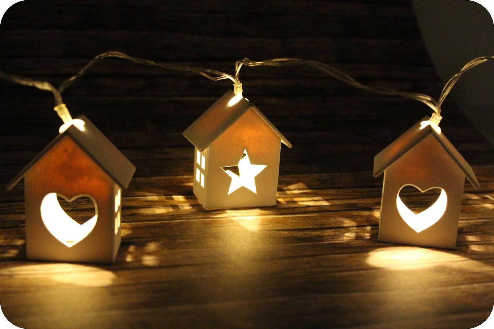 LED-Lichterkette von Primark mit Häusern
