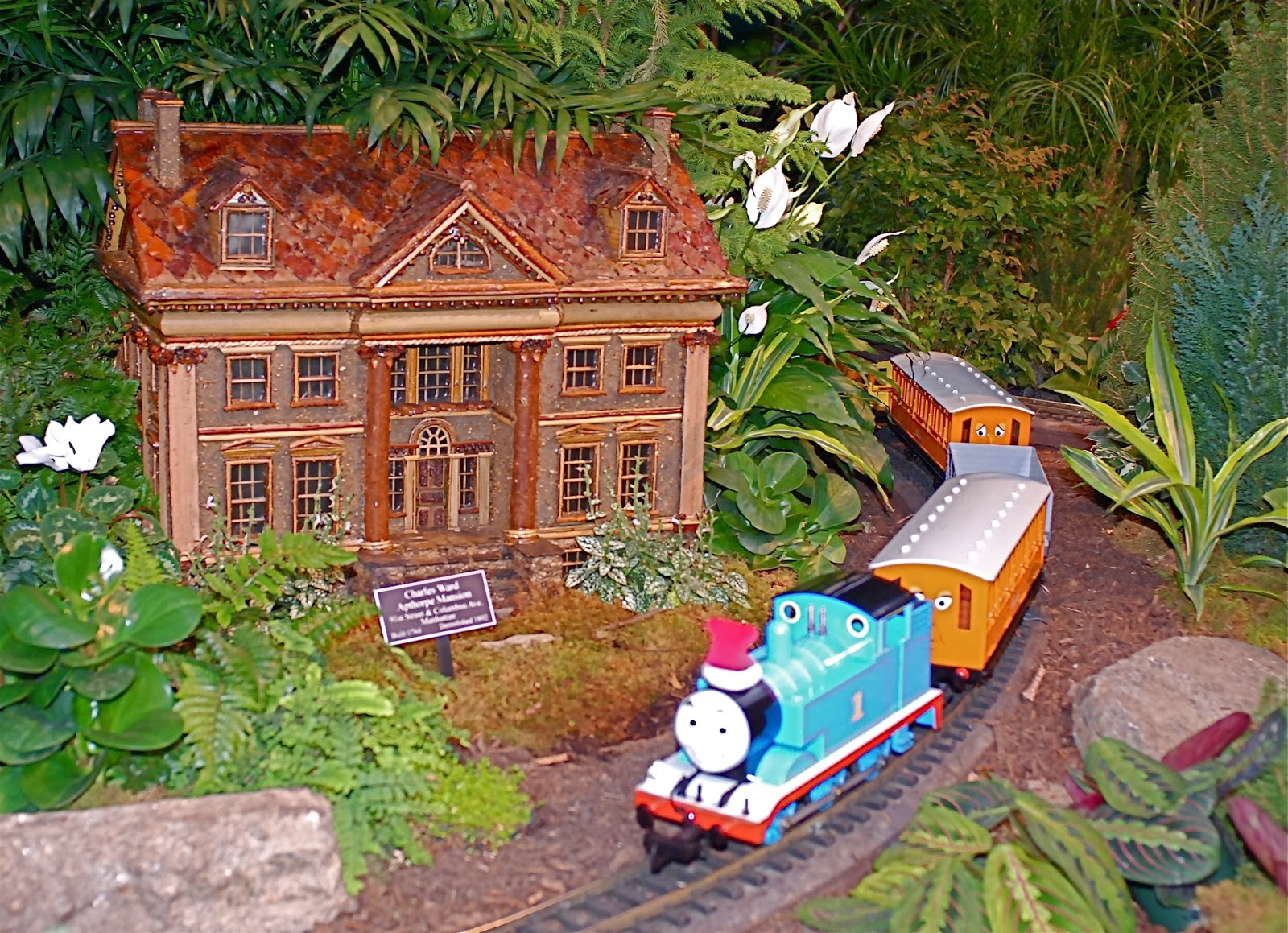 Nyc Nyc New York Botanical Garden 39 S Holiday Train Show Model Trains And Botanical Architecture