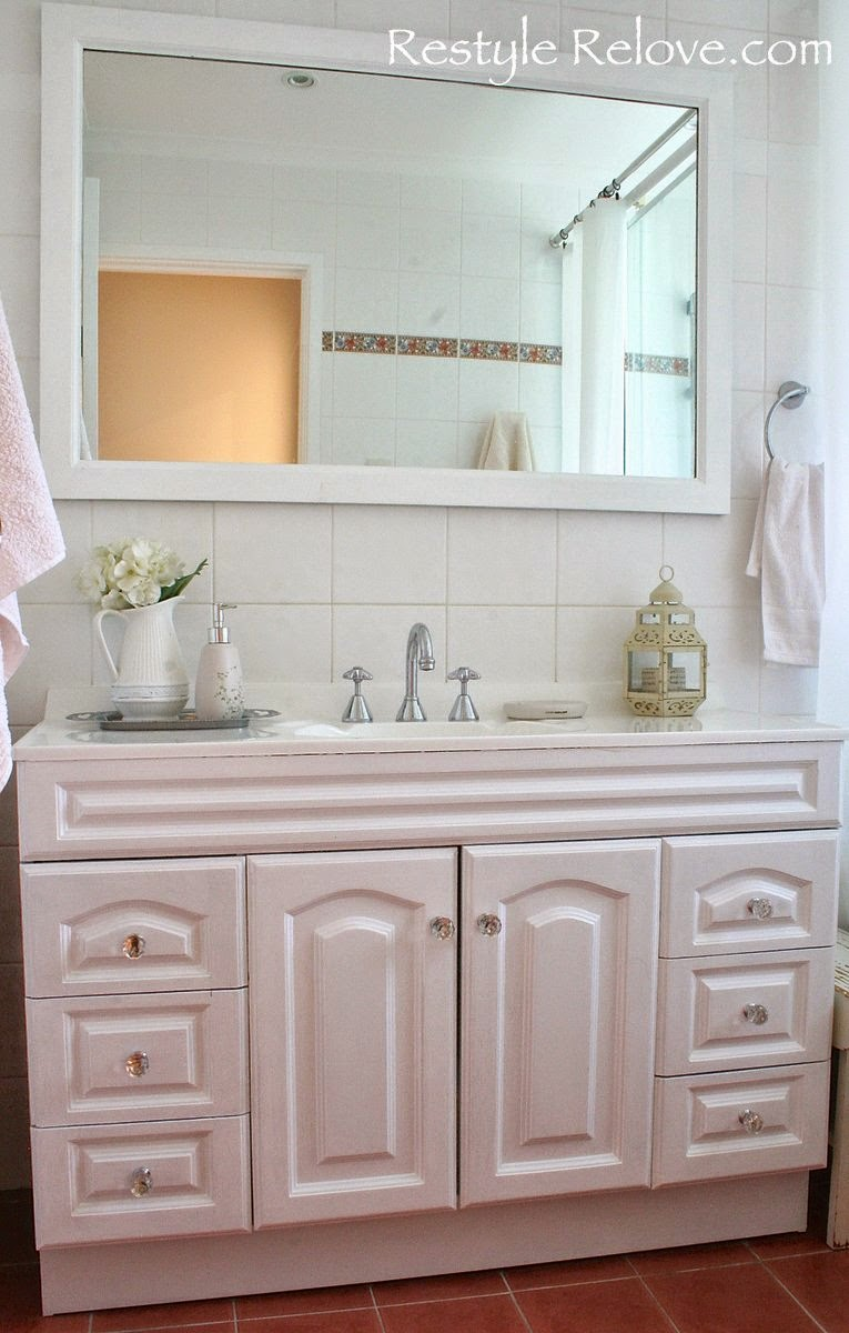 Bathroom Makeover Part 3 ~ Painting the Tile Grout