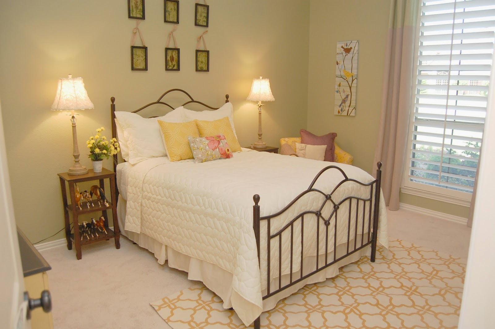 Girl S Nature Inspired Bedroom: Style With Wisdom: Girly Nature Inspired Bedroom