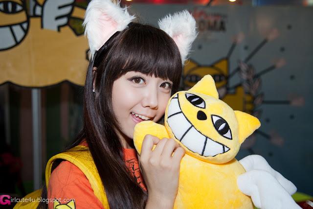 1 Kim Ha Eum - Seoul Character & Licensing Fair 2012-Very cute asian girl - girlcute4u.blogspot.com