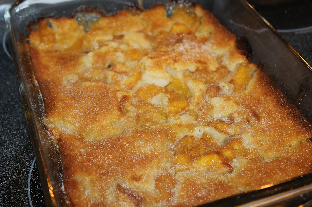 Goat & Lulu: My Mom's Famous Peach Cobbler
