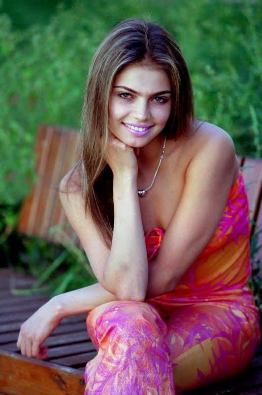 Alina Kabaeva Profile and ImagesAlina Kabaeva Gymnastics