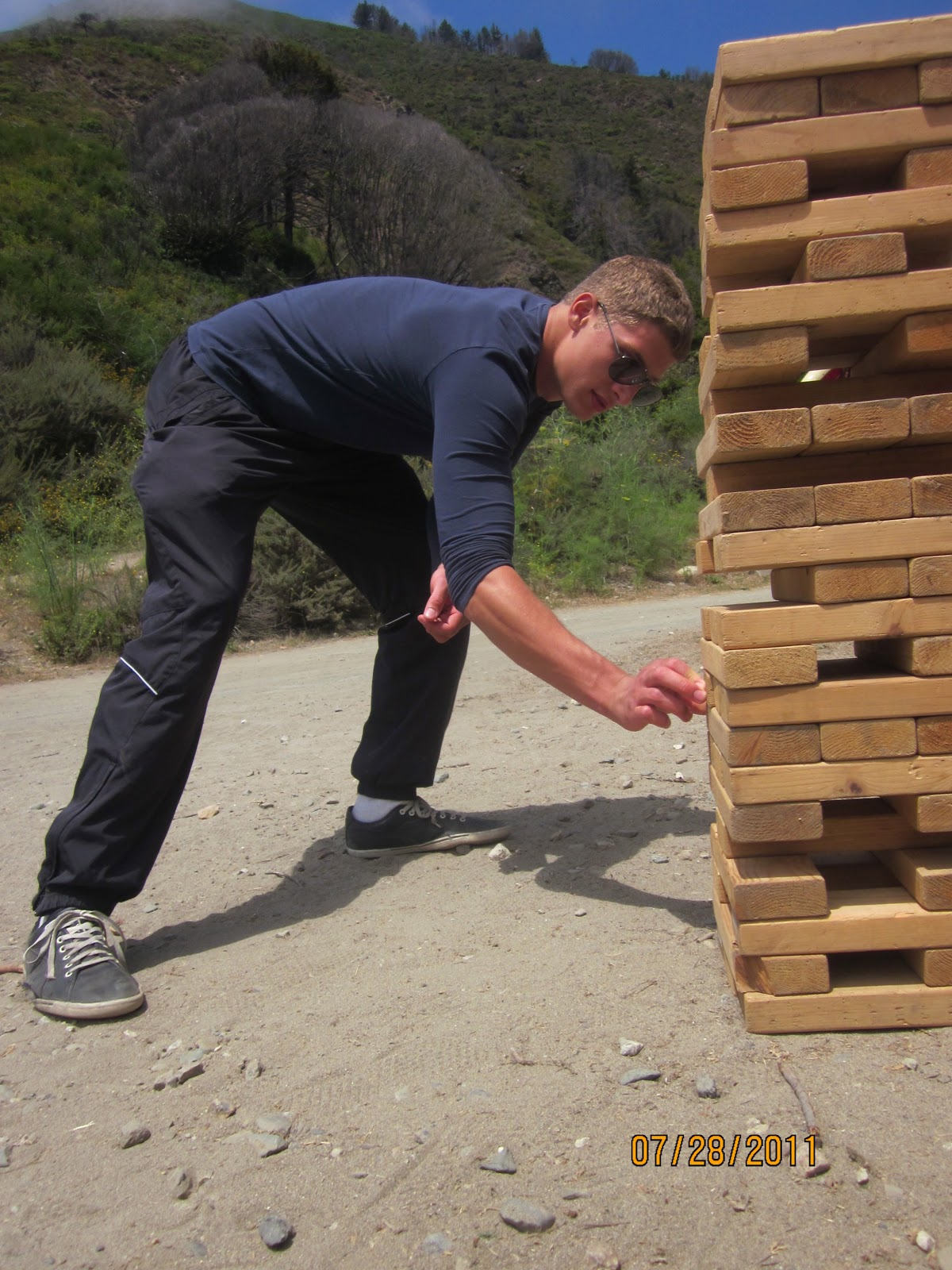 dreaming with gold eyes diy giant jenga