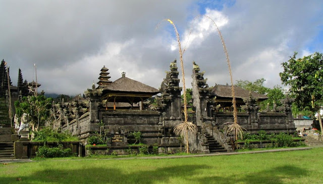 Pura Besakih
