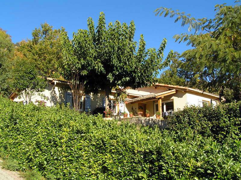 Vendu villa a peipin sisteron sud 04200 maison for Jardin 04200