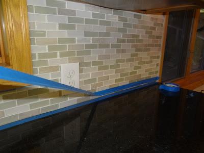 ... Caulk Kitchen Backsplash Counter Tops. At ...