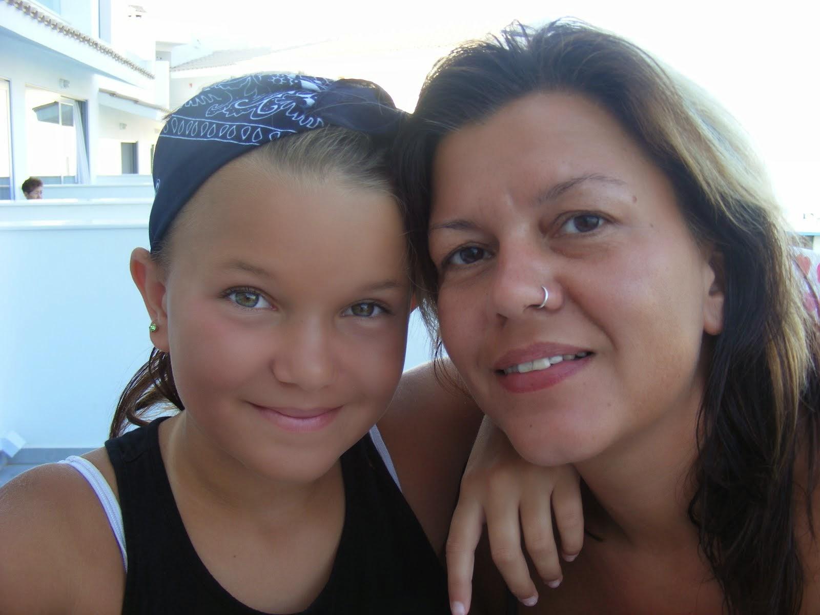 Yvonne og Myrla på Kreta