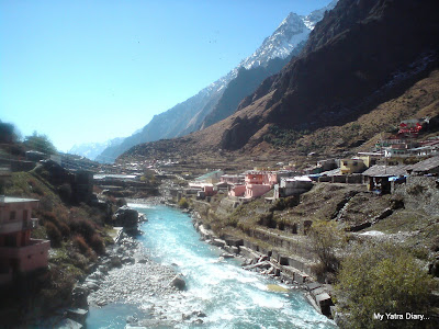Alaknanda river and the mountains- view from the bridge in  Badrinath