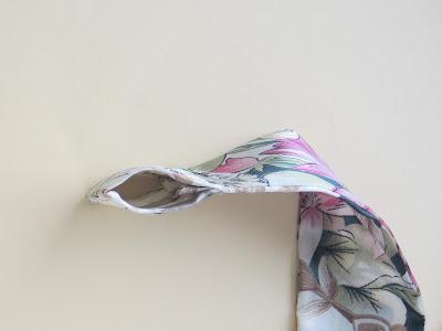 French solitaire, solitaire.jpg, scarf, handkerchief, kerchief, shawl, headscarf, foulard, mouchoir, foulard, châle, décoration, шарф павлово-пасадский платок, косынка, французская косынка, шерсть, как сшить косынку, косынка своими руками