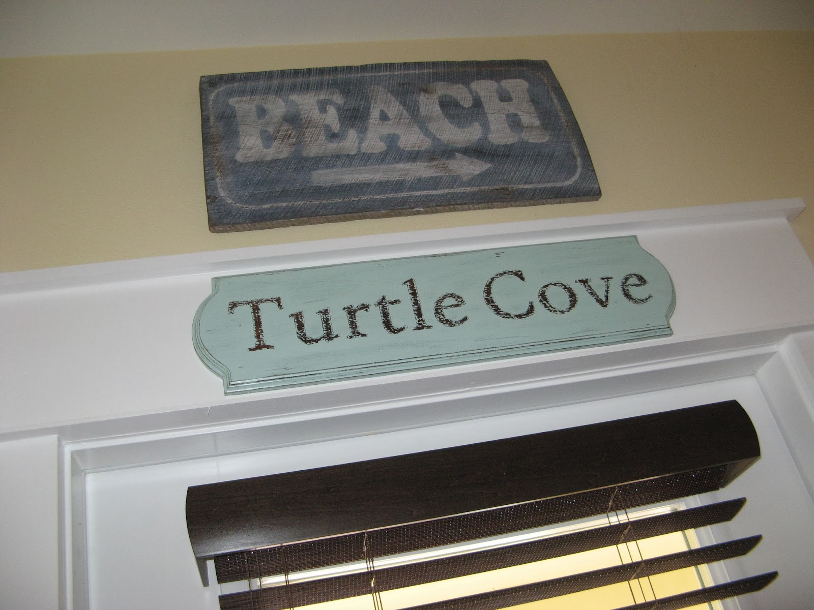 Beach Cottage Sign - candlewax distressing technique