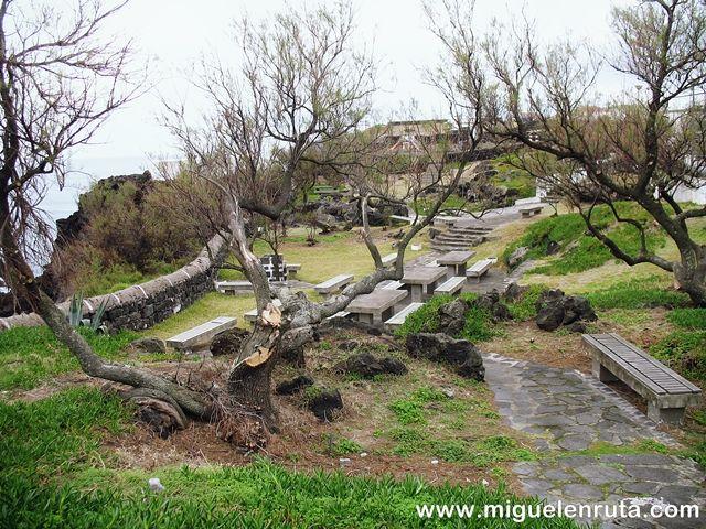 Miradouro-do-Palheiro