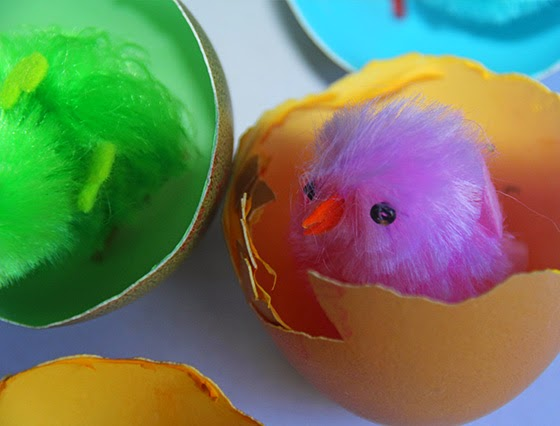 Easter Craft for Kids: Egg houses for chickens