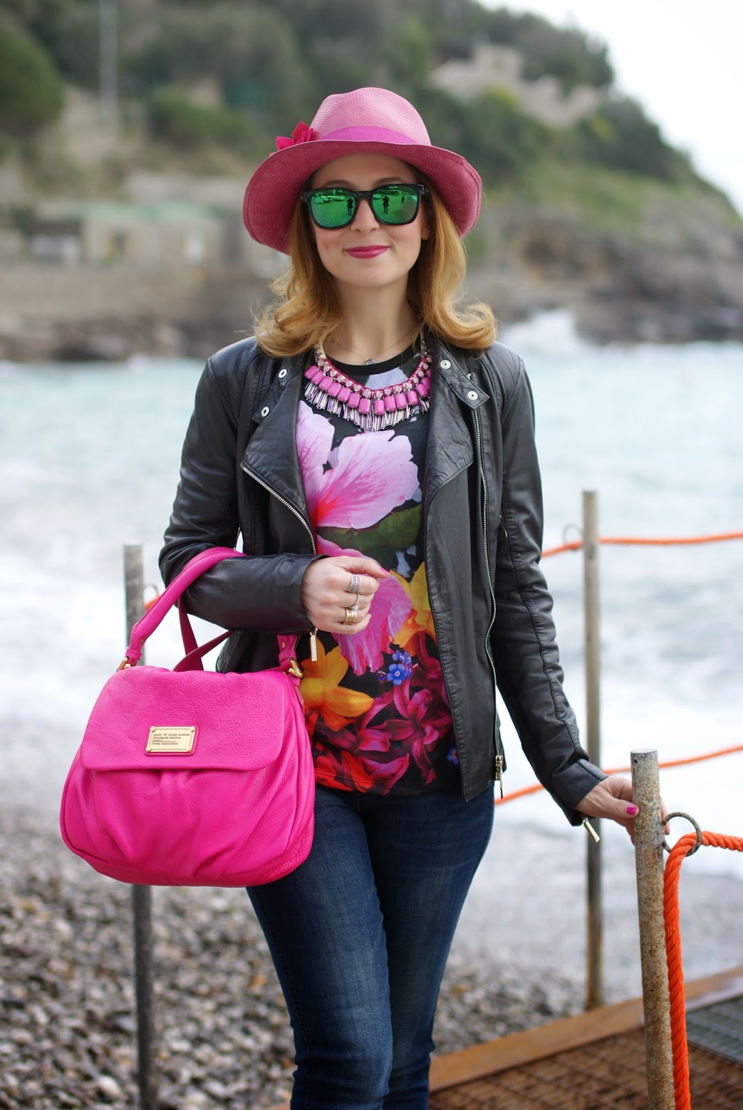 Rosé a pois hat, shopart amazing tee, Sodini necklace, Marc by Marc Jacobs lil ukita bag, Shopart t-shirt, Fashion and Cookies, fashion blogger