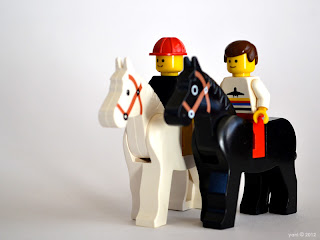 lego gay lovestory - horseback riding