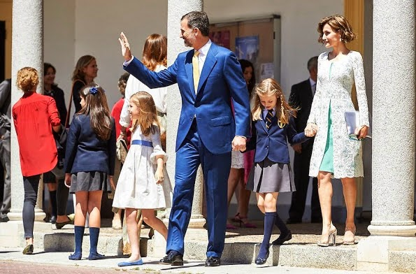 Spanish Royals Attended Their Daughter Leonor's First Communion
