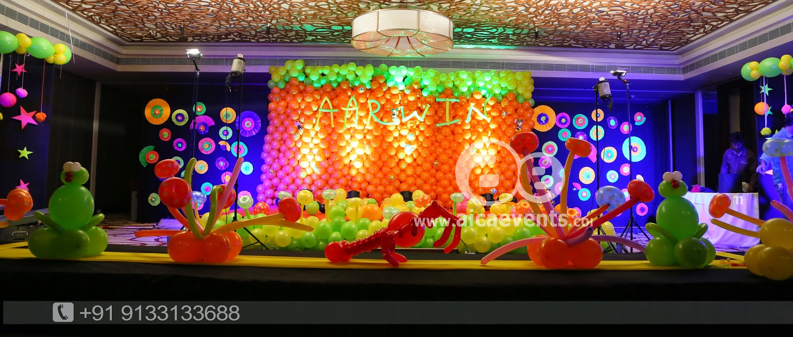 Aicaevents india balloon wall stage backdrop decoration for Balloon decoration for stage