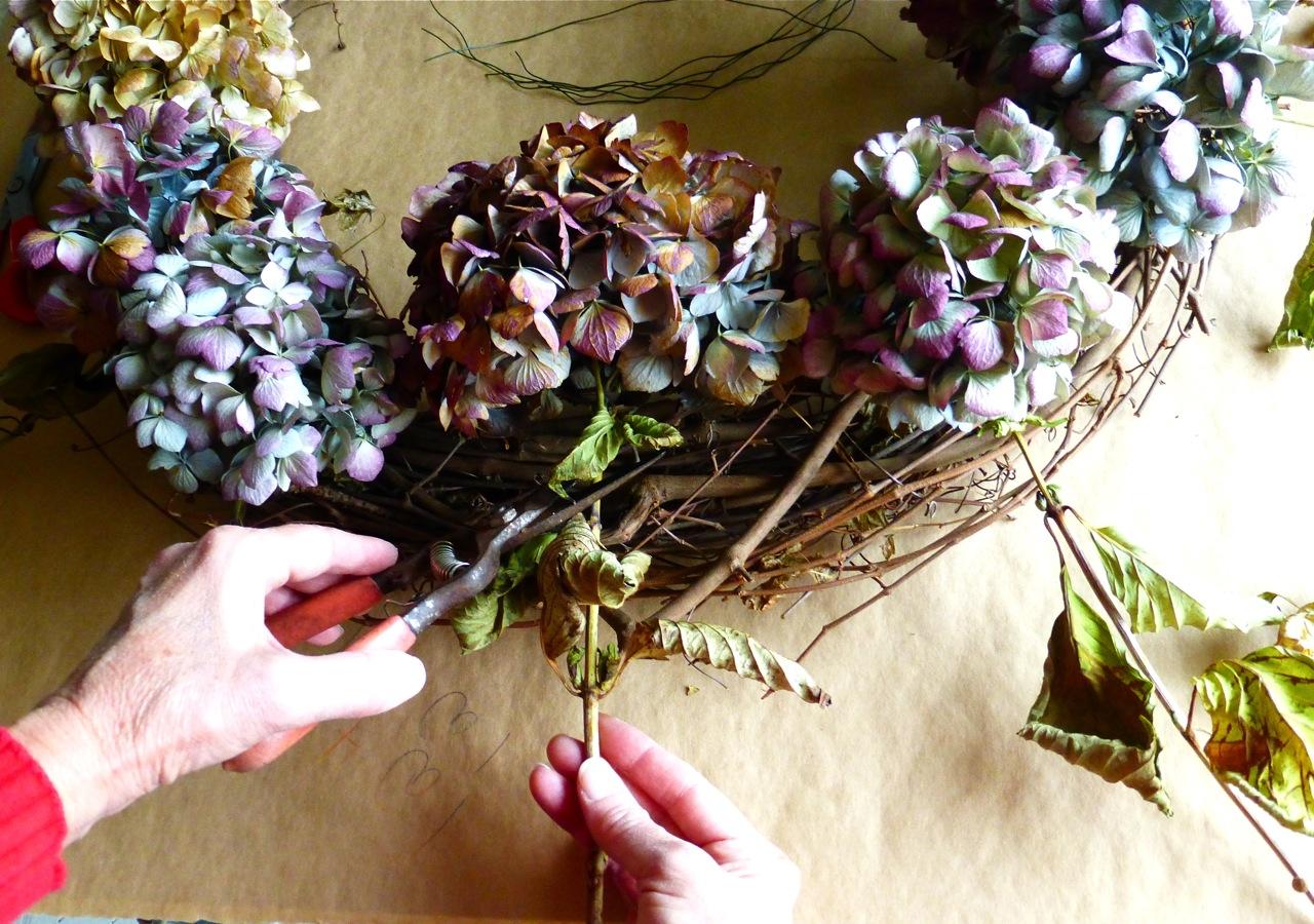 hydrangea wreath hydrangea wreath do it yourself hydrangea wreath cutting hydrangea flowers for - When To Trim Hydrangea