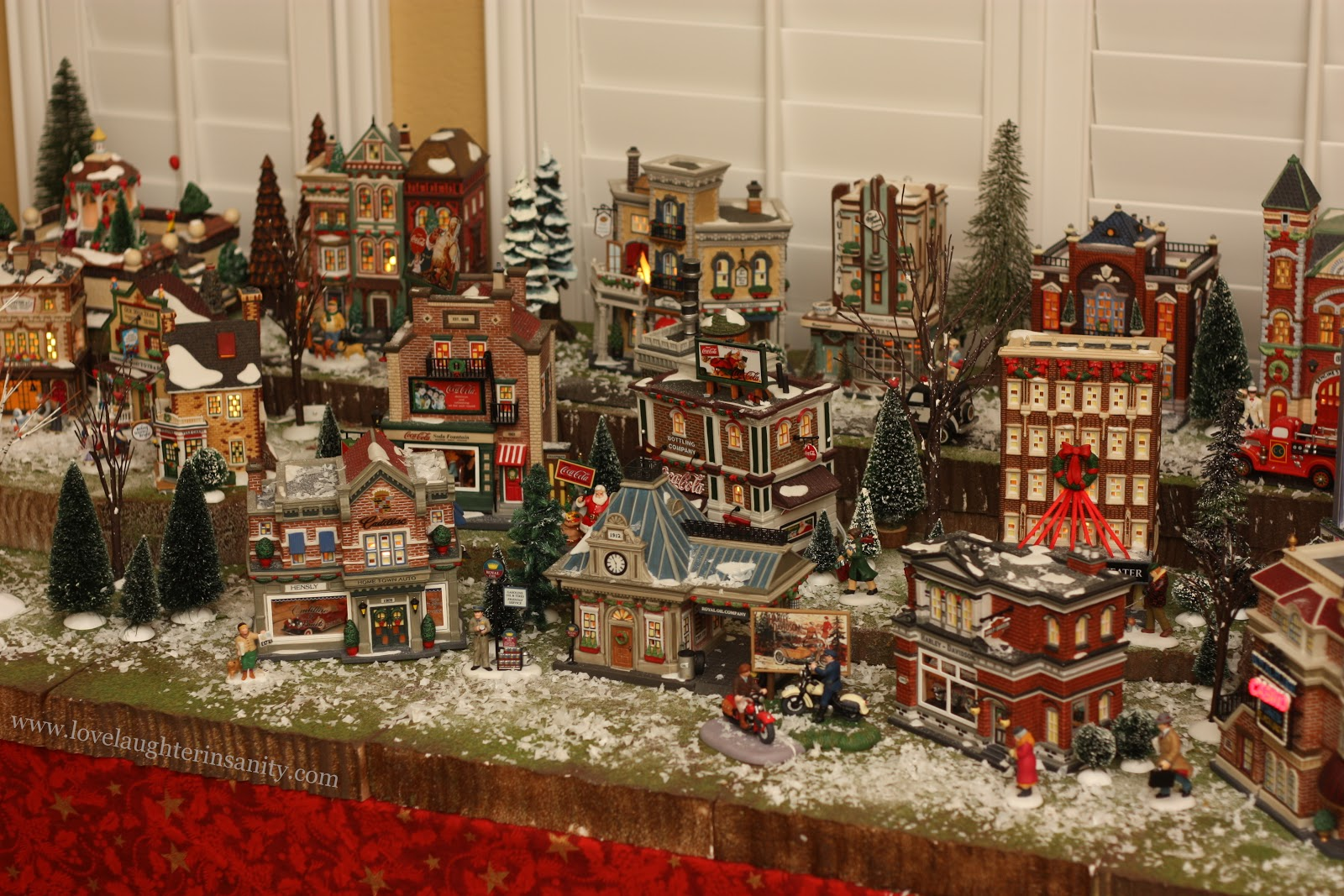 Christmas Village - 2012 Virtual Advent Tour - Love, Laughter, and a ...