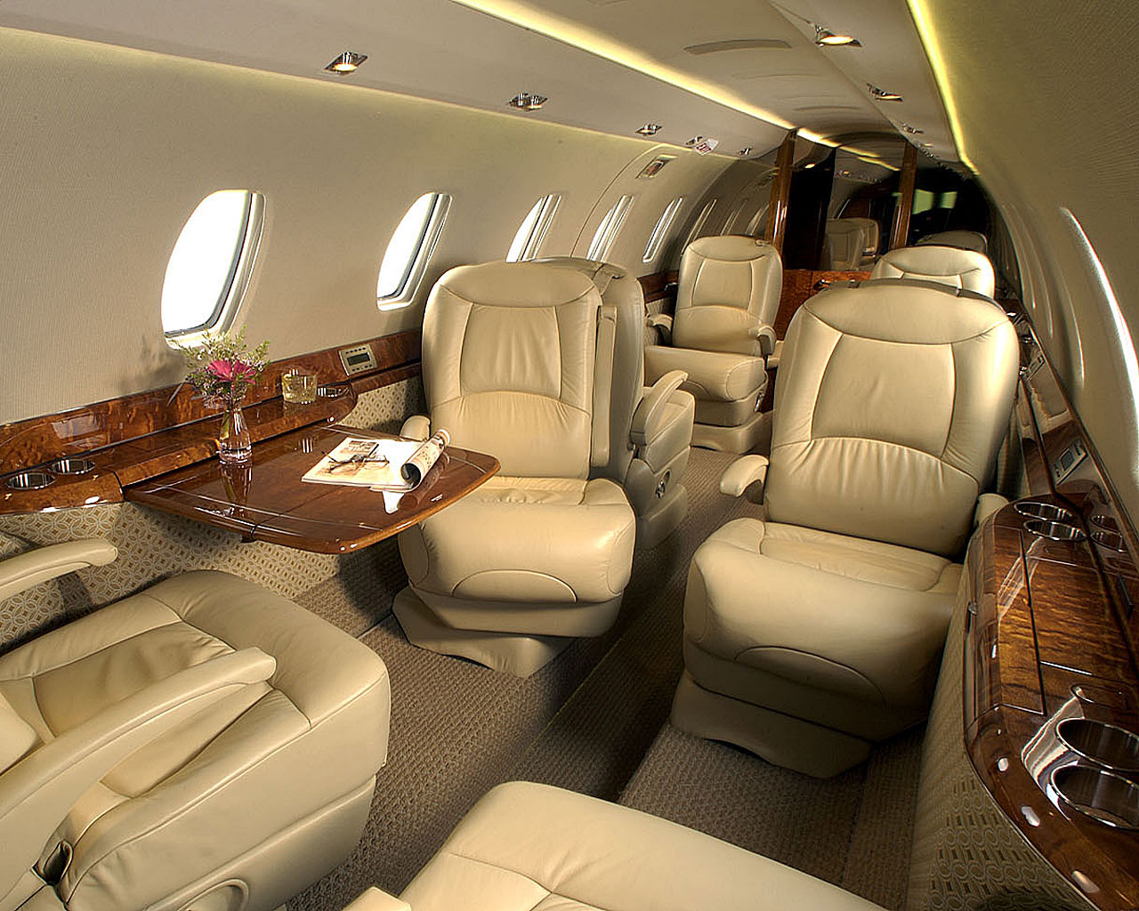 luxury private jets azee. Black Bedroom Furniture Sets. Home Design Ideas