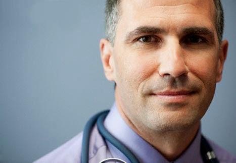 Des chirurgiens esthétiques compétents et un corps médical expérimenté
