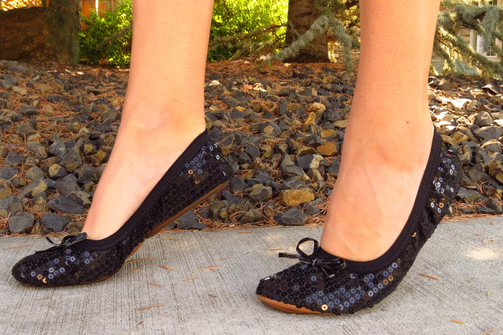Fit in Clouds foldable flats, sequin flats
