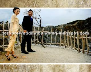 sample foto prewedding unik di gunung tangkuban perahu