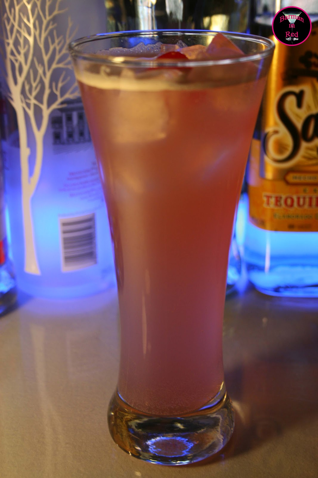 C mo preparar un coctel tequila sunset for Vasos de coctel