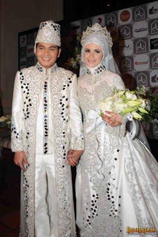 February 2014 ~ Baju Pengantin Model Kebaya Modern