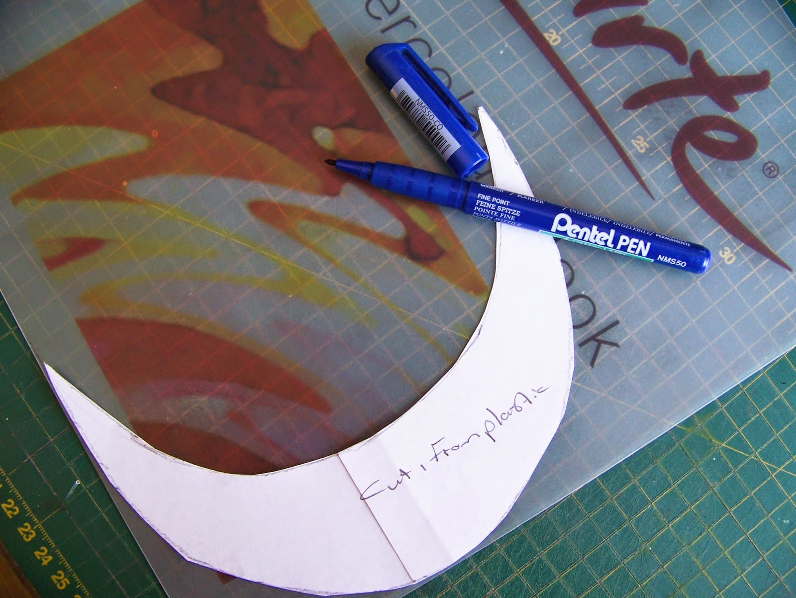 how to make a french beret out of paper