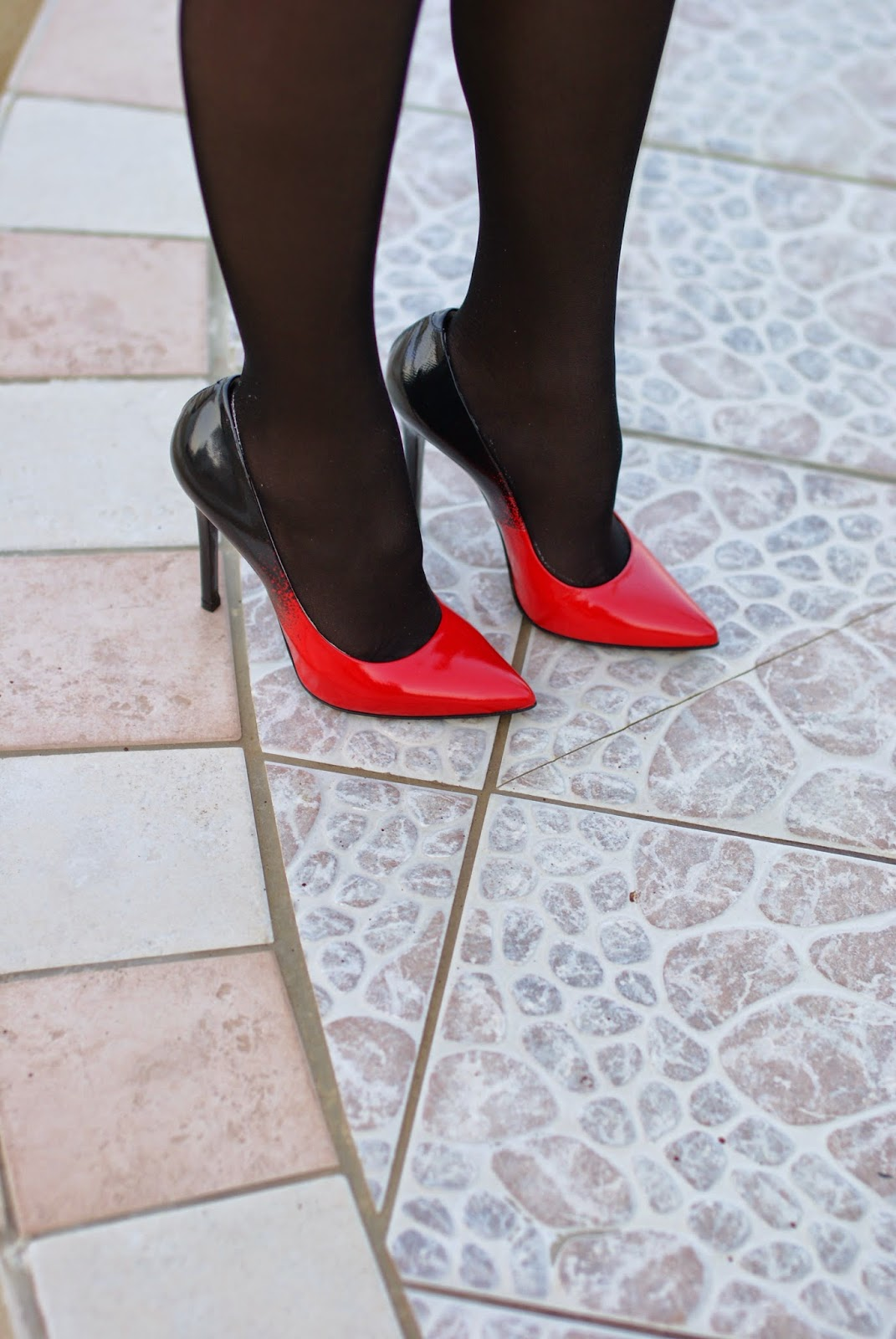 Nando Muzi heels, sheer stockings and stiletto pumps, Fashion and Cookies, fashion blogger