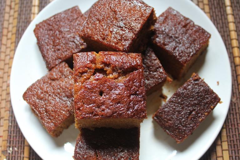 Super Moist Gingerbread Cake Recipe - Gingerbread Snacking ...