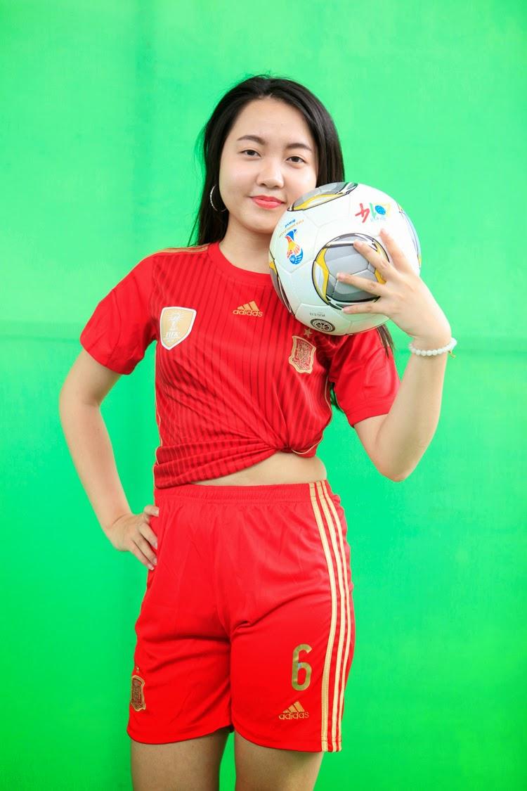 Các thiếu nữ Việt nóng bỏng cùng World Cup 2014|raw