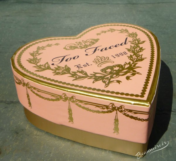 Too Faced Sweethearts Perfect Flush Blush Peach Beach heart-shaped box
