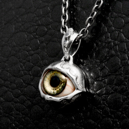 Resin eye jewelry Laune pendant STRANGE FREAK DESIGNS blog