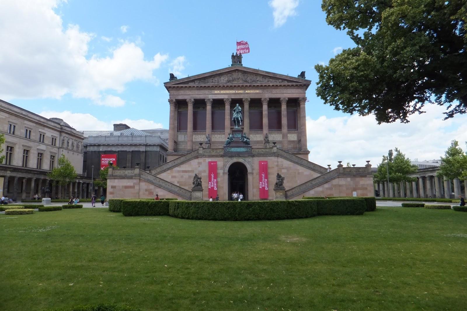 驚異の青い部屋: ヨーロッパ旅行 旧国立美術館 驚異の青い部屋 旧 ニ...  ヨーロッパ旅行