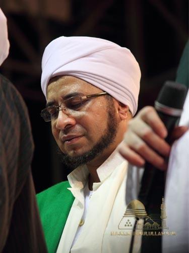 Habib Munzir Almusawa Pimpinan Majelis Rasulullah Meninggal Dunia