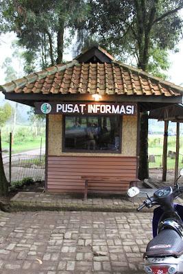 Pusat Informasi di Bumi Perkemahan Ranca Upas Bandung